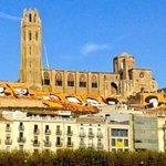 A #Lleida @TuroSeuVella Aquest matí, recordant al món que el #9Nvotarem @Araeslhora @tonialba http://t.co/EEZMXLMAOO