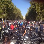 RT @AyuntamientoVLL: Así estaba hace un momento la Acera de Recoletos @pinguinosmotos | Ahora empiezan a llenar la Plaza Mayor http://t.co/JZ1Bkgyqyy