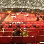 Mencanta la #sala #RicardVinyes del @TeatreLlotja de #Lleida, #Segrià. Amb capacitat per 1000 persones. #panoràmica http://t.co/RUeknGWSXT
