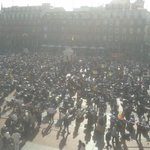 ¡ESPECTACULAR! ¡Solución a Pingüinos 2015! RT @TiendasJM: Valladolid con @pinguinosmotos http://t.co/Q6s2JfCfgk