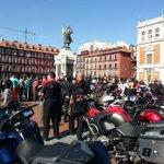 RT @expreso_info: Impresionante el apoyo a @pinguinosmotos hoy en Valladolid #yosoypinguino http://t.co/sh5lniFc0o