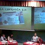 RT @GravityHappens: @SilviaMrtnez nos habla de la cofradía 2.0. Que estemos en fb, twitter, etc. #JOHC2014 #iMisión http://t.co/GqgEbHQD4s