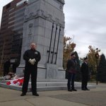 Veterans organize honour guard for fallen soldiers in downtown #Calgary #yyc http://t.co/qBI5PZ30ky