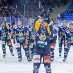 Kiitos meidäm Boja! @TuhmaOlavin ja Mikko Kousan ilta. #Lukko #liiga http://t.co/RT9RyTGZsO