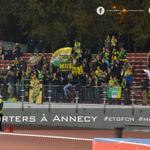 Près de 130 supporters présents au Parc des Sports dAnnecy ! #MerciDeVotreSoutien #AllezFCNantes #ETGFCN http://t.co/ZbUa3cSIQV