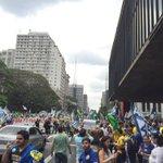 Que festa linda na Paulista! #Aecio45PeloBrasil http://t.co/4X7yyQH39m