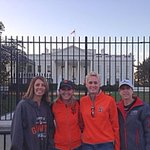 RT @legiacalone: @pcon34 Checking in from our Nations Capitol. Humbled to run @Marine_Marathon for #woundedwarrior ! GO @SFGiants http://t.co/ZqzVx6IxRD