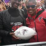 Random Acts of #RiseUp in London. Great to see so many Falcons fans at the Fan Rally! #UKFalcons #RiseUp http://t.co/lsbNKftYpV