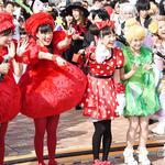 ももクロ、キュートなハロウィン仮装で全力熱唱 大規模パレードで笑顔ふりまく http://t.co/zt3YZe311R #ももクロ #momoclo #ハロウィン http://t.co/uW8ByLjg2W