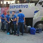 Llegada del @RCDeportivo de La Coruña a su hotel de concentración en Barcelona #Depor #Deportivo http://t.co/ghfHt1Hh5w