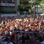Llegando al estadio… #RealMadridvsFCB #RMLive http://t.co/w6o0gzQMti