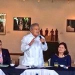 RT @sanchezceren: Me alegra escuchar las historias de superación de jóvenes empresarios salvadoreños @CONAMYPESV http://t.co/ELgYb5xaJx