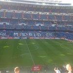 Sebagian penonton #ElClasico sudah masuk Santiago Bernabeu. #HalaMadrid [@MadridSportsEs] http://t.co/cOdkCv2xyQ