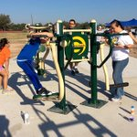 Amazing turnout 4 work day @Junior League of #McAllen No Boundaries Play Park.Instruments & exercise equipment r up. http://t.co/qhvzIpIfhc