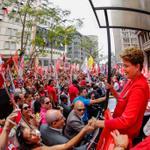 #Eleicoes2014 Dilma faz último ato de campanha em Porto Alegre. Petista prometeu reação à Veja http://t.co/KU1n4aTOEQ http://t.co/3b0JP8TjVI
