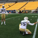 RT @GeorgiaTechFB: Jackets with white helmets and jerseys with gold pants for the first time this season #GTvsPITT http://t.co/uzMU58USJ9