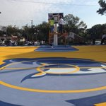RT @MainStMemphis: One of the new @memgrizz basketball courts at Lester Community Center in Penny Hardaways childhood neighborhood http://t.co/5av8btUh2d