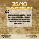 Mas afinal, o que é e quem está envolvido na democracia? Durante o dia a gente vai explicando! #DiaDaDemocracia ASCOM http://t.co/EZiDjVb1ch
