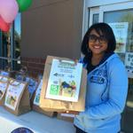 RT @13JanetRoach: Its Make a Difference Day. Collecting donations for @hrfoodbank. #MDDay @JacobsKari http://t.co/rG7ISWKIsA