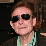 RT @CBSNews: JUST IN: Jack Bruce, bassist from Cream, dies at 71 http://t.co/3c9pPZMbz6 http://t.co/VTFPz8tUD6