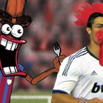 """@Peperami: Wonder if Ronaldo tastes like CHICKEN!! Suarez - HAVE A NIBBLE!!! #ElClasico http://t.co/6JtZ48P6xX"" haa class #ElClasico"