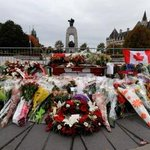Grounds of Parliament Hill open to public three days after attack http://t.co/LQfVX6spwl http://t.co/XwMtRRWsaq
