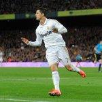 RT @EQSportsNewsBR: Cristiano Ronaldo pelo Real Madrid: 260 jogos 273 gols 81 assistências *14 gols em 22 jogos contra o Barcelona http://t.co/jtKKGtk7D0
