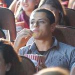 RT @BullyingFutbol: Chicharito disfrutando el clasico http://t.co/vaR71TmdrH