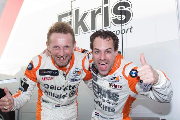 This is what the GT4 CHAMPIONS look like! http://t.co/T07vZKF9Wk