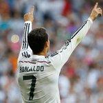 HT: Real Madrid 1-1 FC Barcelona (35 @Cristiano Ronaldo | 4' Neymar). #RealMadridvsFCB #RMLive http://t.co/Mtgbcfqvq0