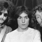 RT @nypost: Cream bassist Jack Bruce has died http://t.co/WxsM70kwIQ http://t.co/Hdxl2rn3pC