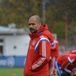 RT @FCBayern: Der Vorbericht zum Spitzenspiel: http://t.co/VxnQgqK2V7 #BMGFCB http://t.co/ECk7MxJ4BP