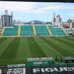 Orlando Scarpelli para Figueirense x Cruzeiro http://t.co/5E8AlrrxZI
