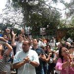RT @vpchacao: Nuestros concejales @RafaDelRosario y @AlfredoJimenoR junto a @vpchacao en afueras RV apoyando a @leopoldolopez http://t.co/HAuX8GmMca