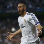 Benzema com a camisa do Real: 248 jogos 119 gols 67 assistências Via: [@futmais] http://t.co/pfwjFztiqp