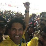 RT @sachin_rt: Thank you @KBFCOfficial for the superb win in 1st home game. Amazing atmosphere in the stadium. #YellowOrNothing http://t.co…