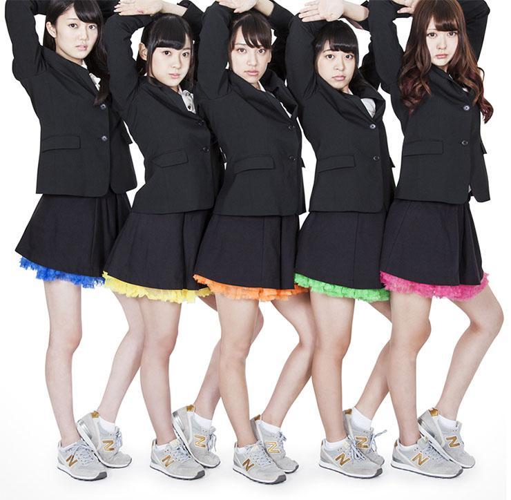 【画像あり】 ジョジョすぎる美少女グループ『FYT』がジョジョすぎると話題wwwwww …