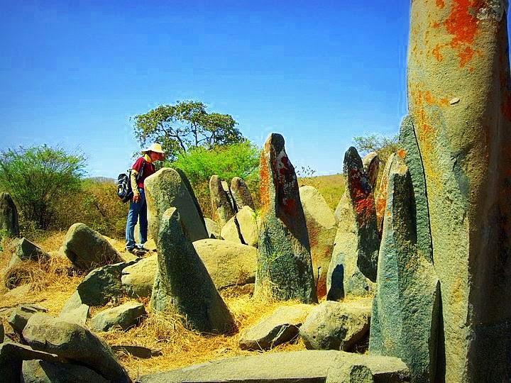 RT @buenviaggio: @ECTV_Noticias #ParticipaEctv Impresionante  Conjunto Arqueológico Monolitos de Quillusara #Loja #AllYouNeedIsEcuador http://t.co/vYsoQqPOpr