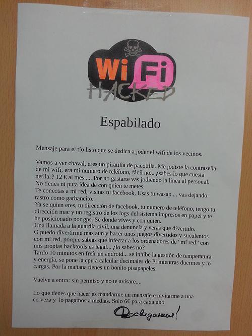 "Cuidado a quien ""hackeais"" el wifi! xD http://t.co/RZhPnA1tOR"