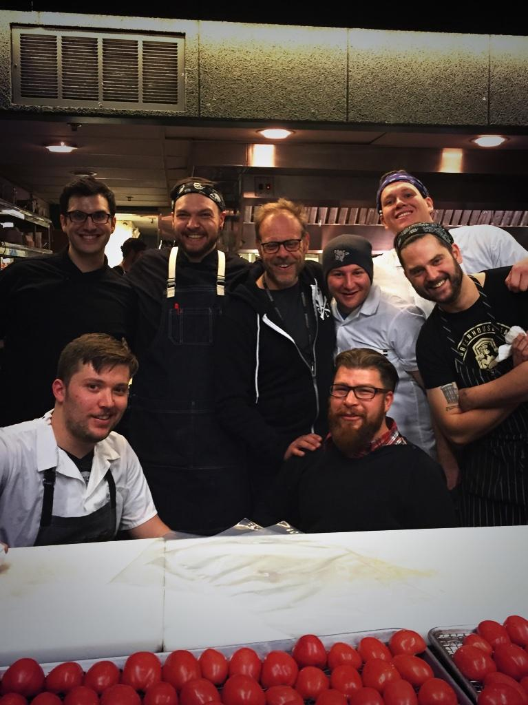 jonathon sawyer (@chefsawyer): Love having AB in the kitchen @altonbrown @thegreenhouse #ABRoadEatsCleve http://t.co/TfmbTRXzXW