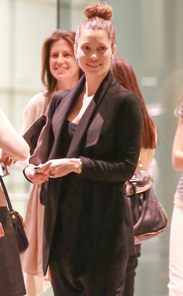 Baby bump watch continues: Jessica Biel steps out amid pregnancy rumors!