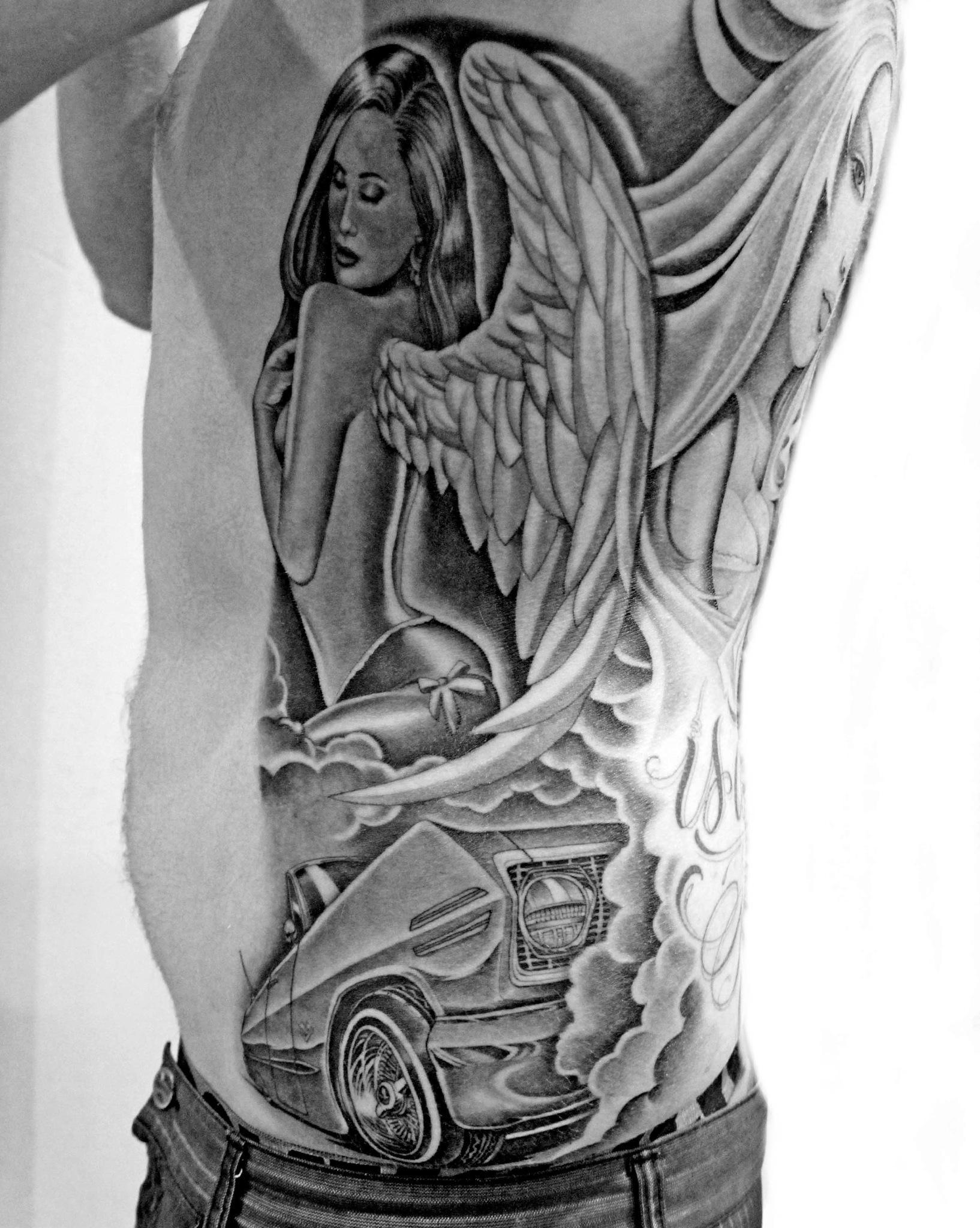 #angel #ribs #blackandgrey #mistercartoon #skidrowtattoo http://t.co/cZuPuVUrho