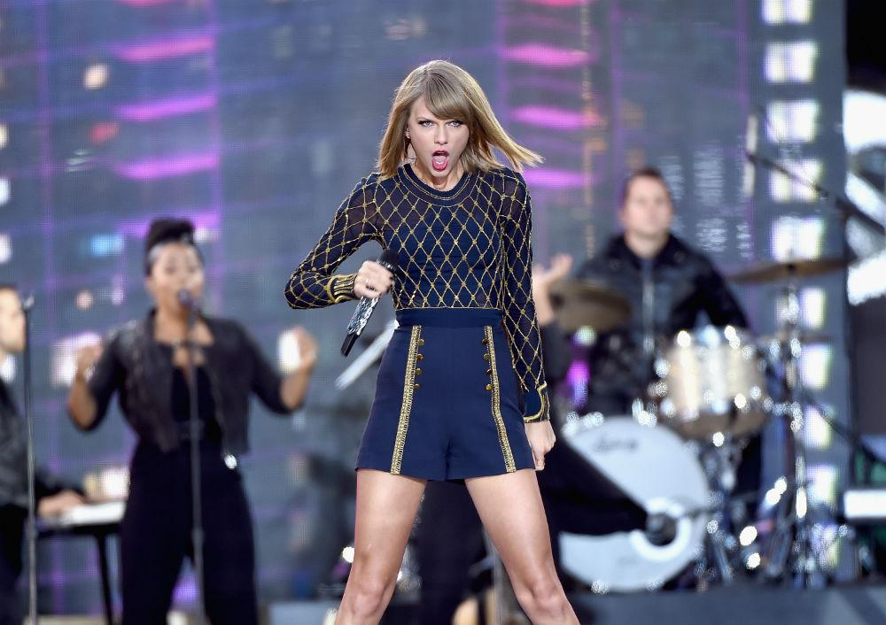 Will @taylorswift13's next song be about her leaving @Spotify?