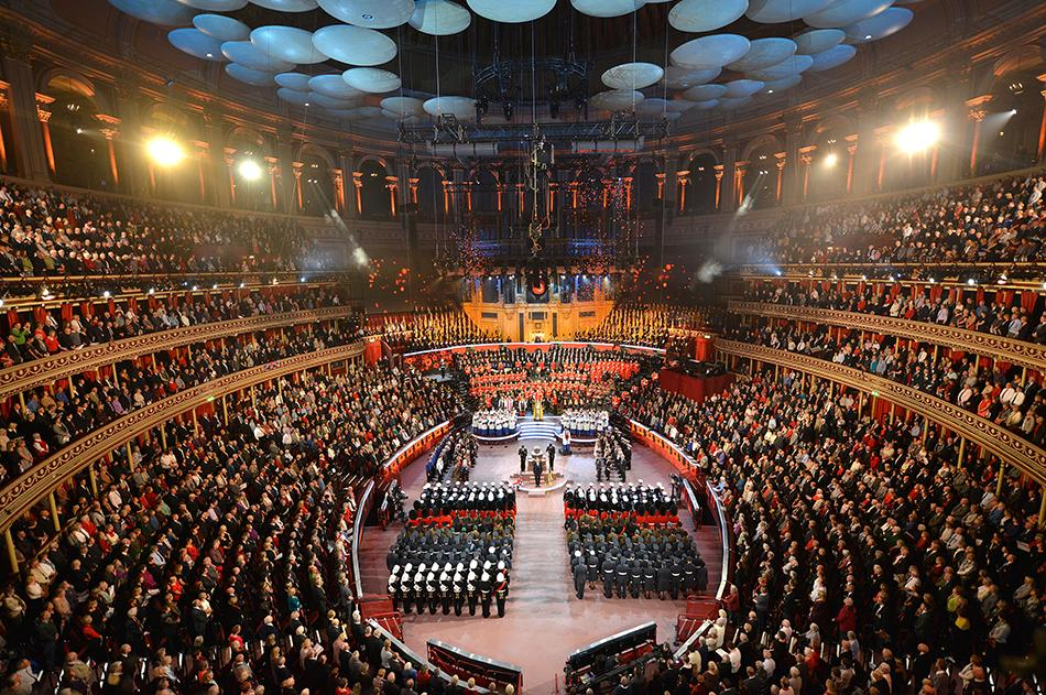 Members of the Royal family & Government join us tonight for the #FestivalofRemembrance. Watch on BBC One at 9.10pm. http://t.co/BZag8lOZbl