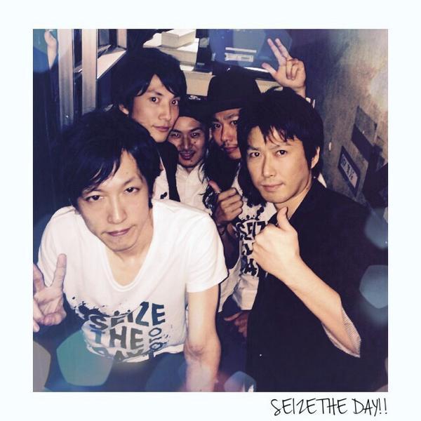 東名阪ツアー無事終わってホッとしてます。皆さんもお疲れ様でした! 約5年間、MOTOのソロ活動含め+Plusのサポートを続けてきた事を誇りに思います!また会う日まで、仕事も遊びも「今この瞬間を」全力で頑張って下さい!! http://t.co/uVnksQSNix