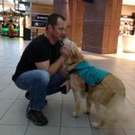 RT @GlobalEdmonton: The @FlyEIA now has therapy dogs to calm stressed out travellers: http://t.co/KKb7BUDH1a #yeg http://t.co/OmwXPnCtWi