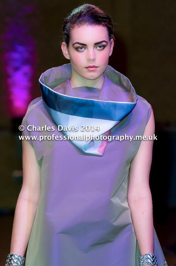 Young Designer @yaz1993khalid at @MidlandsFashion #MFA2014 #ProPhotography @FreyaEllice @caprice_davies @Nixie_Lott http://t.co/9gdTT2TtPL