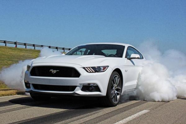 FOTOGALERÍA: Las imágenes más increíbles de nuestra prueba del Ford (@FordSpain) Mustang http://t.co/4tBrdXExvL http://t.co/tK2ioQiF2I