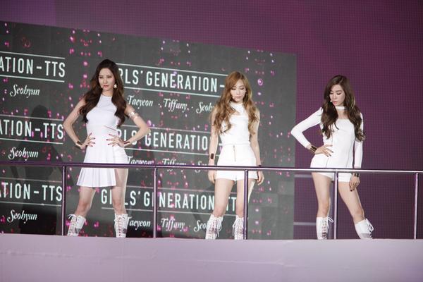 #스타일아이콘어워즈2014 #태티서 #WINNER #SIA OnSytle, XTM, O'live, tvN, Story On, mnet  / 온라인(SIA공홈, 네이버, 유투브) 동시 생중계 http://t.co/HYUjvCyOnm
