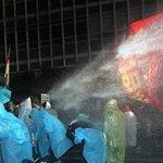 RT @HuffPostKorea: 경찰이 집회 참가자들에게 물대포를 발사해 다치게 했다면 국가가 배상해야 한다는 법원 판결이 나왔다. http://t.co/Nd64MXNpW3 http://t.co/xSAZrG2lZM